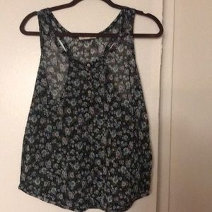 Pretty floral blouse. Size L tank top